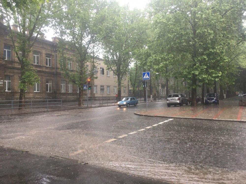 Наслідки дощу в Миколаєві