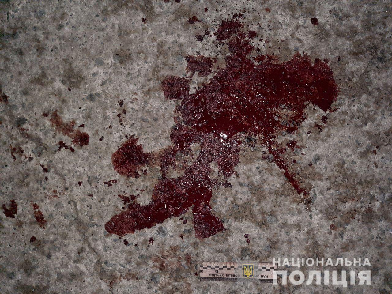 У Вараші двоє чоловіків влаштували бійку з поліцейськими, є поранені