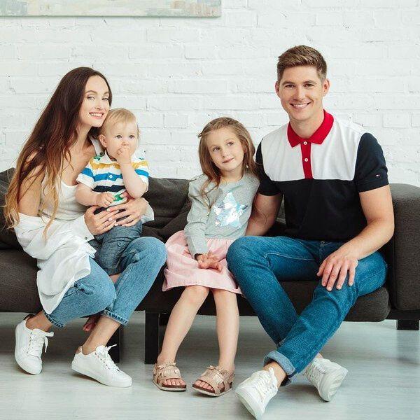 Володимир Остапчук та Олена Войченко з дітьми