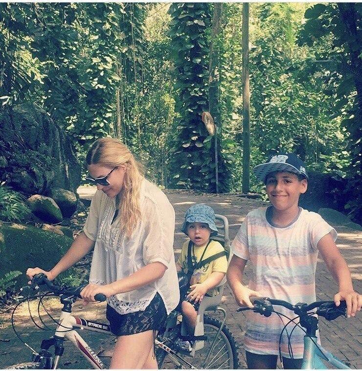 Лина с детьми