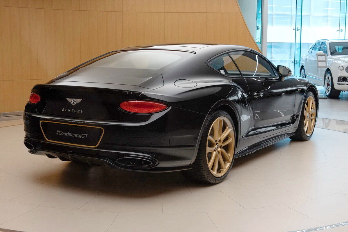 2021 Bentley Continental GT Aurum Edition by Mulliner