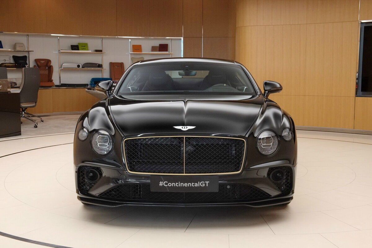 2021 Bentley Continental GT Aurum Edition by Mulliner
