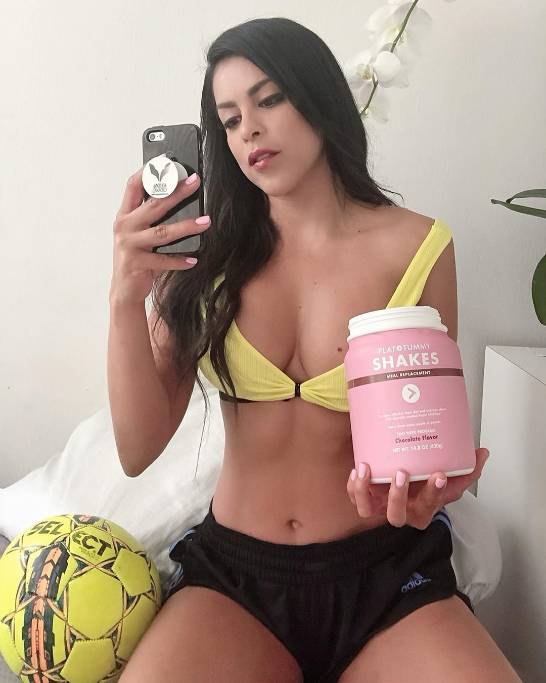 Анжелика Камачо