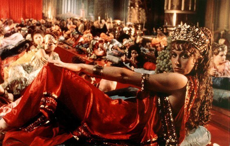 """""""Дау"""", """"Любов"""" і """"Калігула"""": названі фільми, в яких знімали справжній секс"""