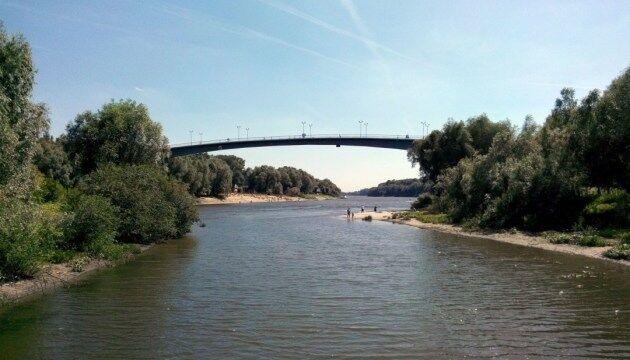 Уровень воды в Десне в районе Чернигова упал до исторического минимума
