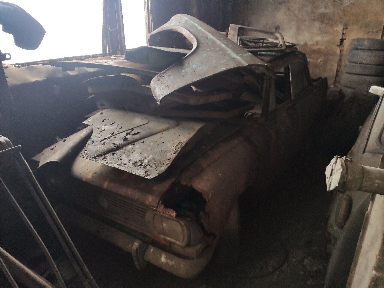 Заброшенная коллекция советских авто