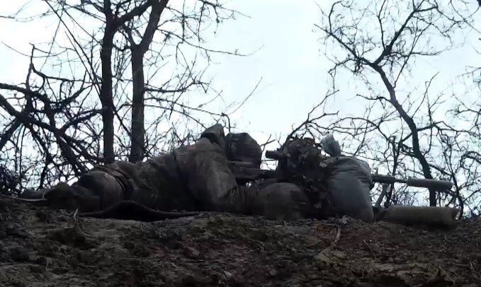 Штаб ООС показал видео работы снайперов ФСБ РФ на Донбассе