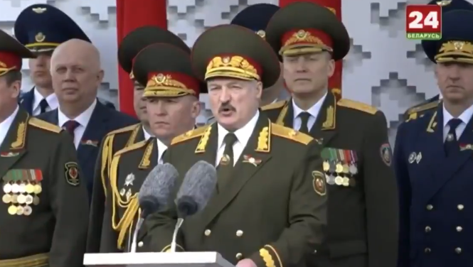 Парад в Беларуси 9 мая