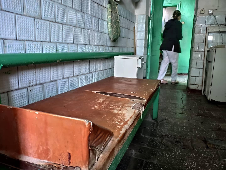 Волонтеры показали шокирующие фото обсервации на Луганщине