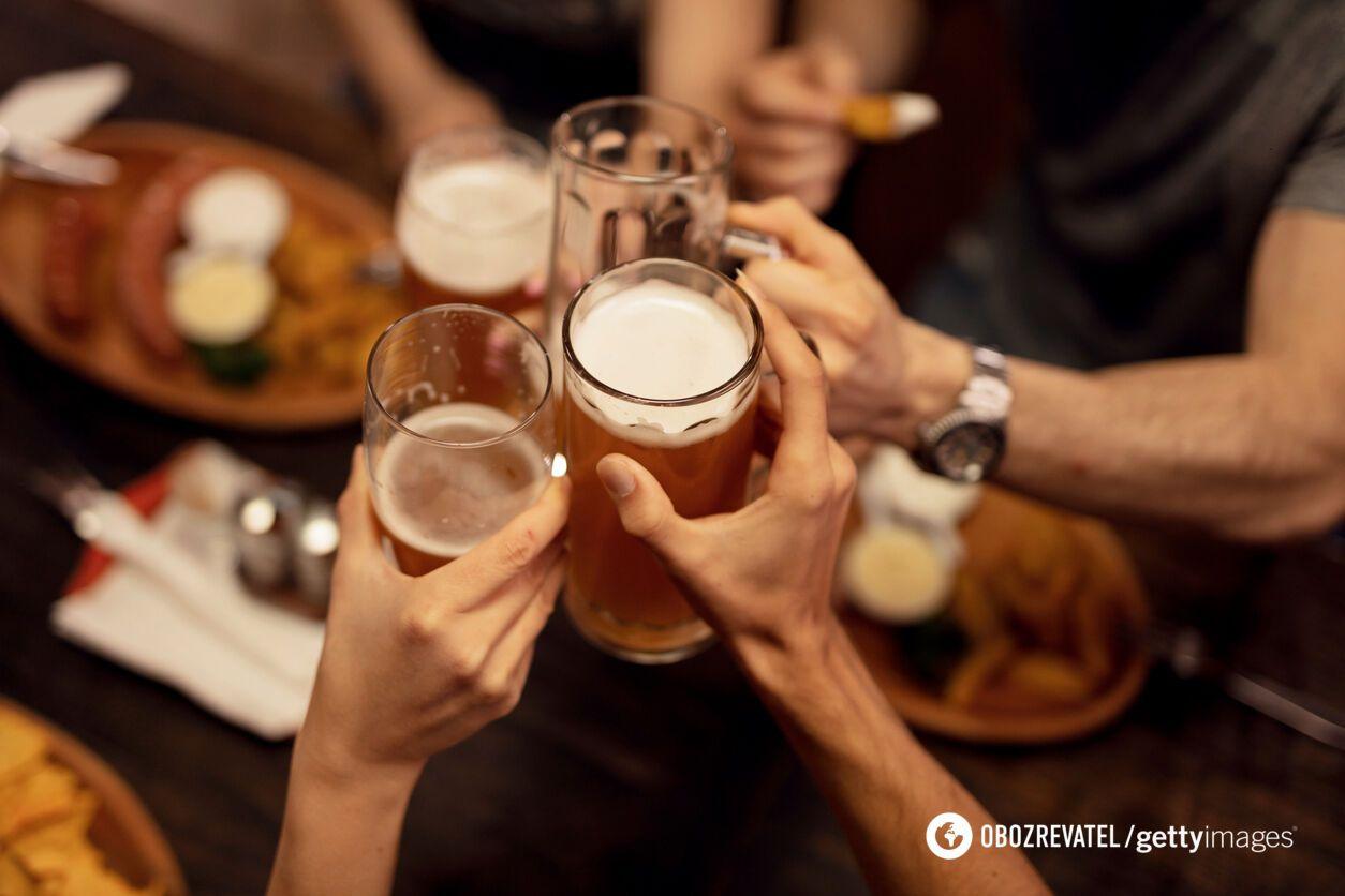 Что происходит, если пить алкоголь каждый день: названы опасные последствия