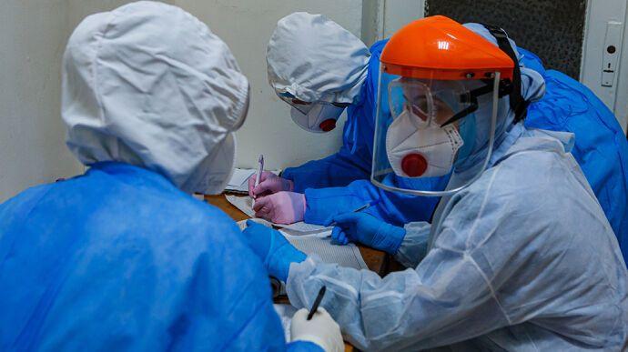 Инфекционные больницы заполнены непрофильными пациентами