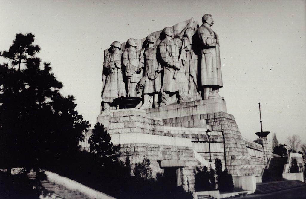 Пам'ятник Сталіну в Празі (1955–1962)