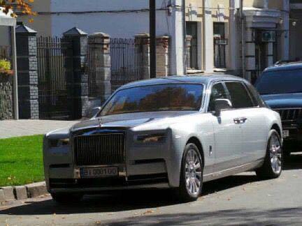 Первый Rolls-Royce Phantom VIII в Украине (был замечен в Полтаве). Сентябрь 2019