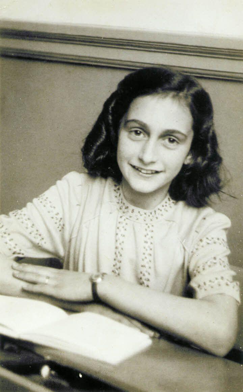 Анна Франк, 1940 рік