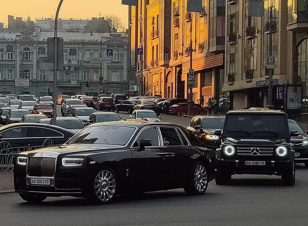Перший Rolls-Royce Phantom VIII, помічений у столиці. Грудень 2019
