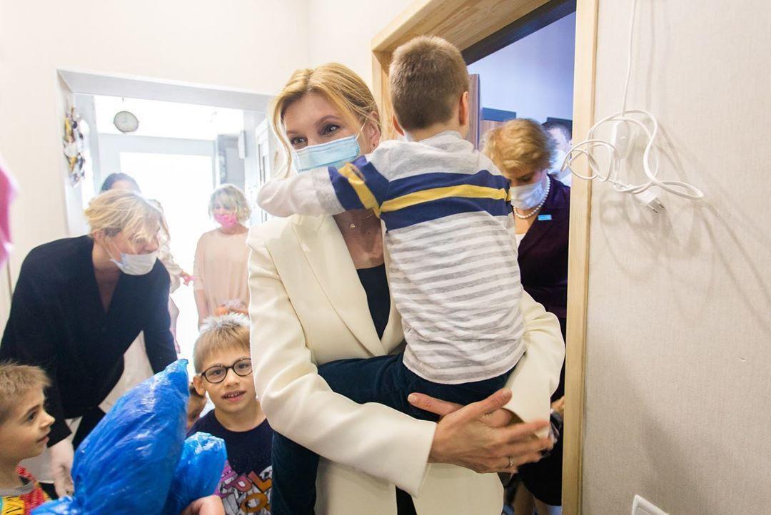Елена Зеленская в детском доме-интернате