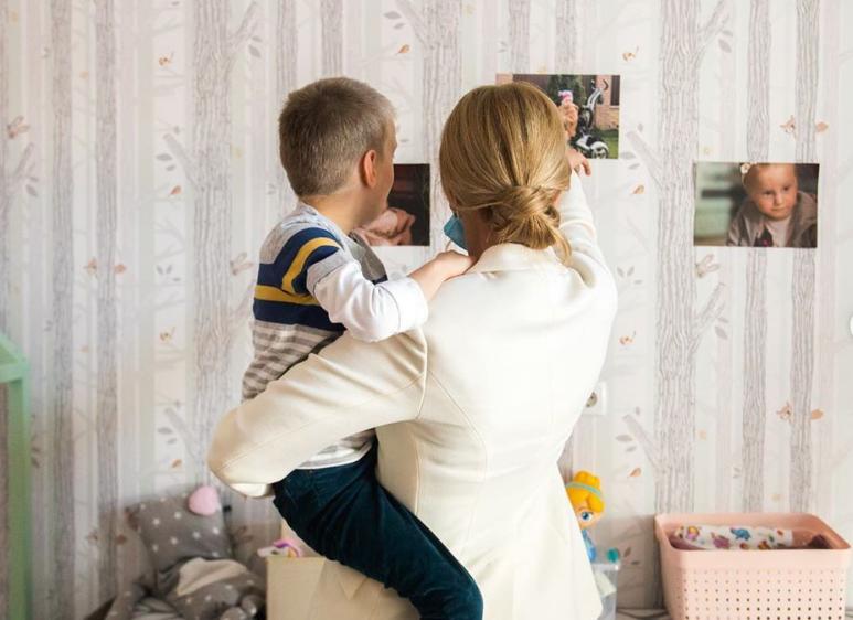 Елена Зеленская в интернате с детьми