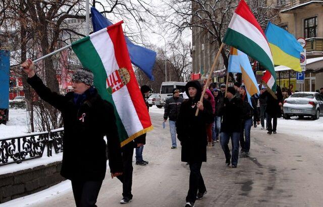 """Венгрия может усилить давление на Киев в части предоставления привилегий """"венгерскому"""" району"""