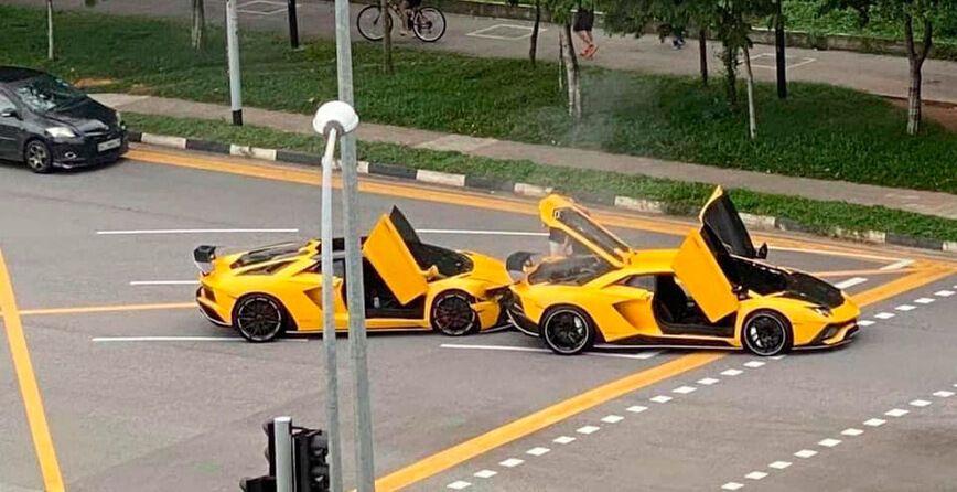 Два однакових Lamborghini влаштували ДТП