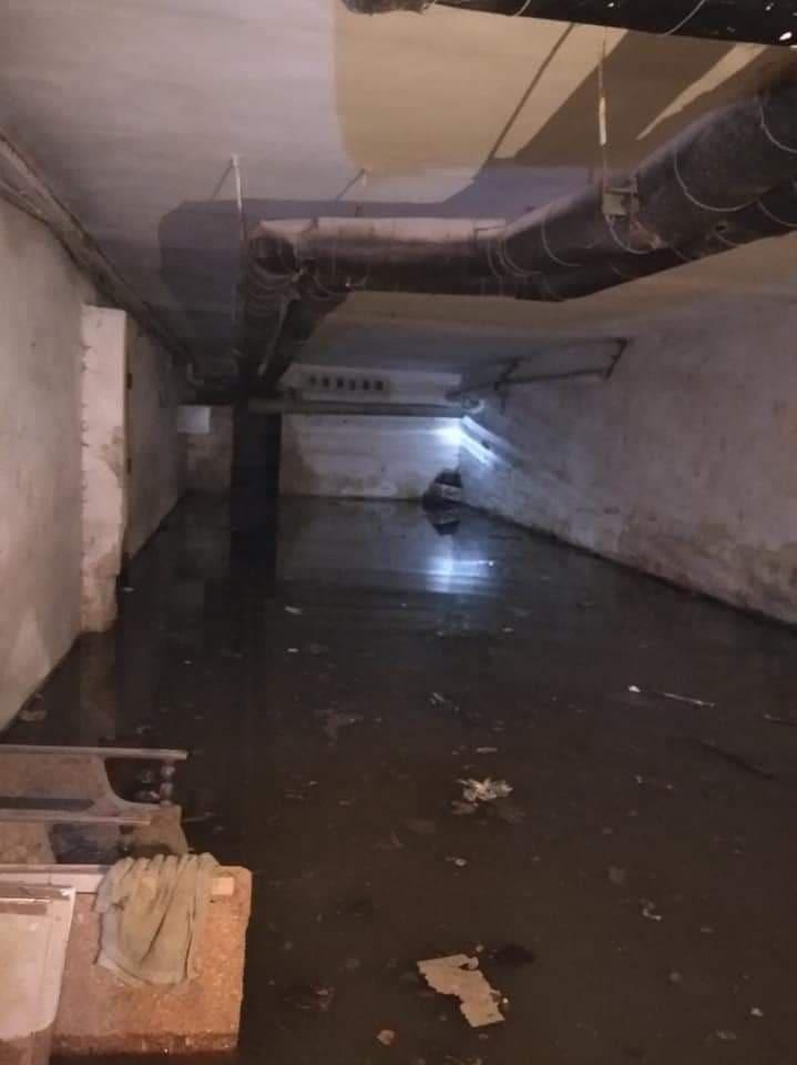 Злива залила підвали житлових будинків