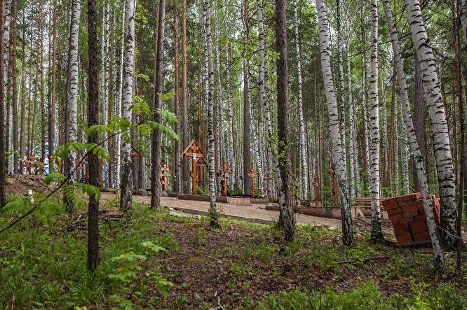 Территория монастыря. Фото: Дарья Шелехова / Znak.com