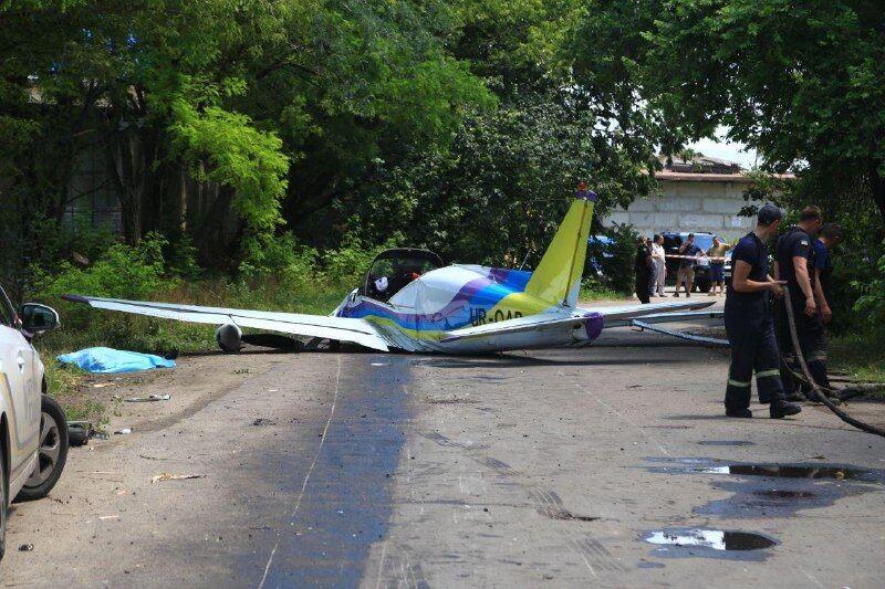 В Одессе разбился самолет