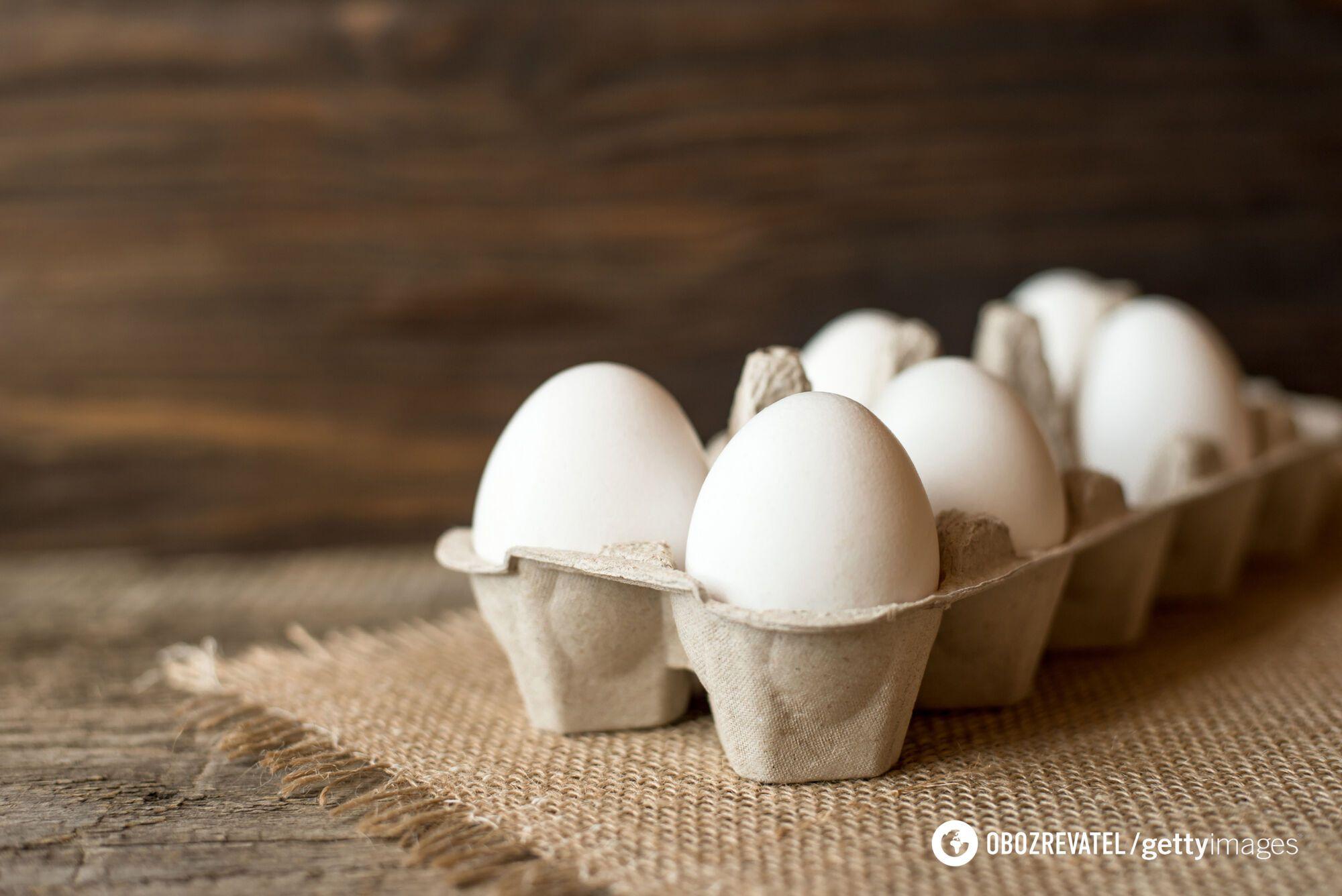 В яйце среднего размера содержится около 70 ккал