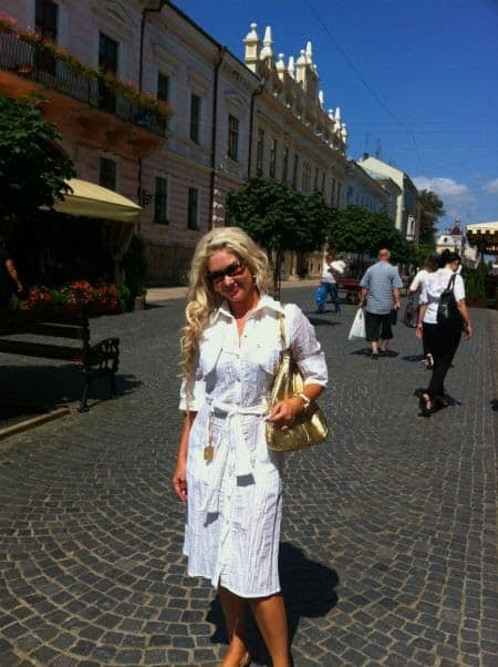 Катерина Бужинська подорожує Україною