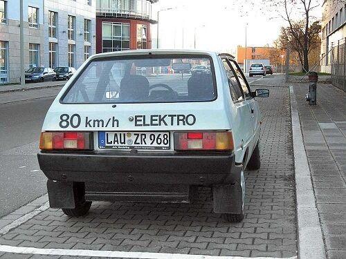 Несколько лет назад Таврию Электро видели на улицах Германии. Снимки OBOZREVATEL обнаружил на том же сайте Drive2, но уже в аккаунте другого пользователя