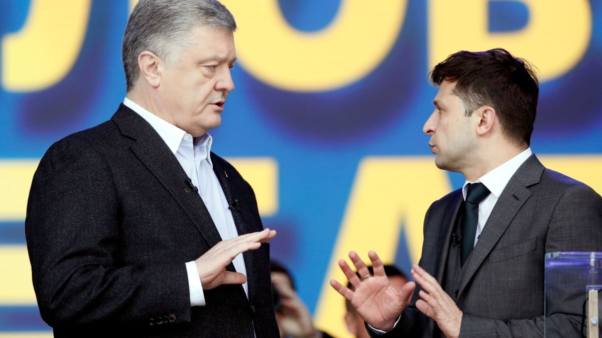 Петр Порошенко и Владимир Зеленский на дебатах 2019 года