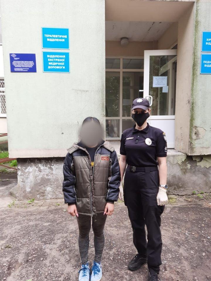 На Луганщині мати посадила на ланцюг власну доньку