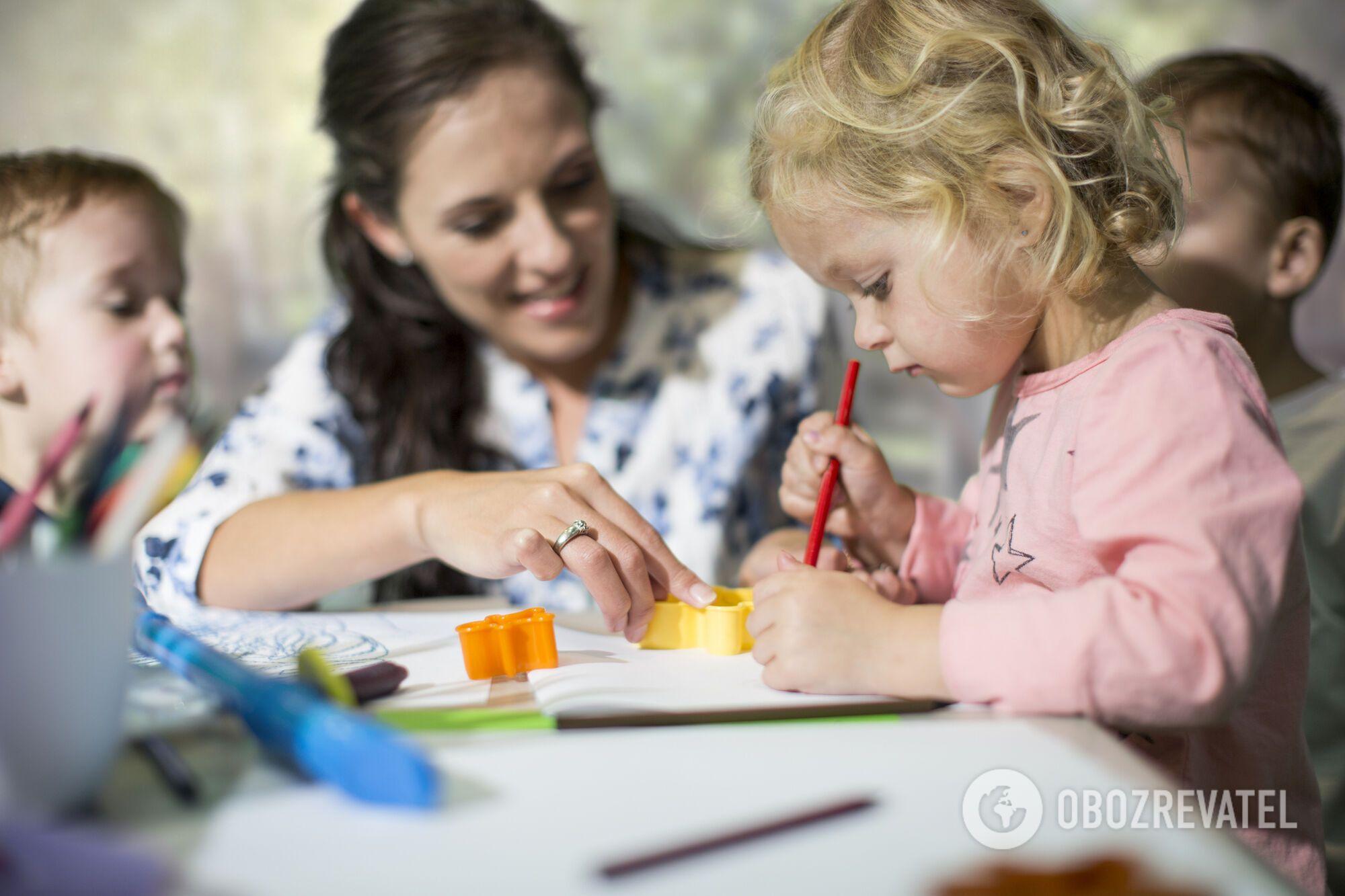 Вірус у дитсадок може занести й вихователь