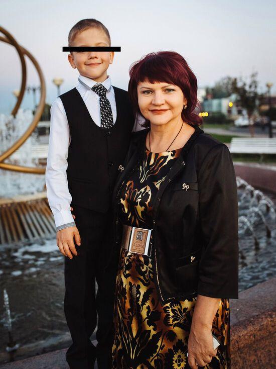 Саша Парахняков і його мати Галина Морозова
