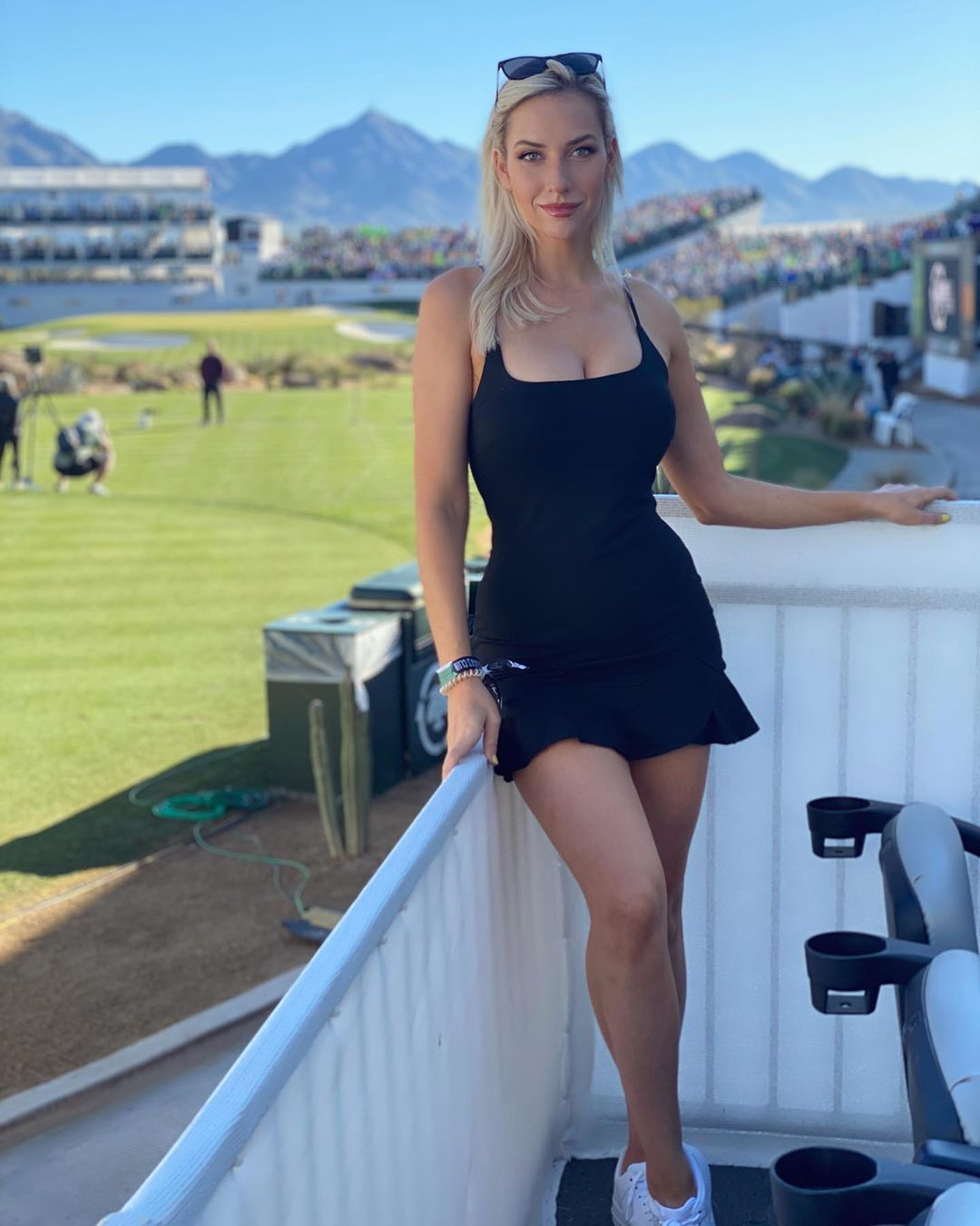 Найкрасивіша гольфістка світу виступає на турнірах без білизни