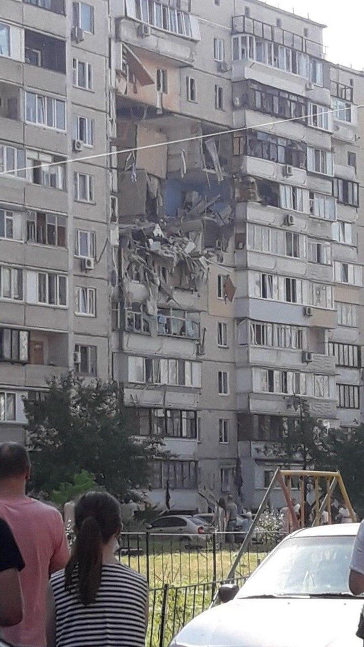 Спасатели эвакуировали 21 человека