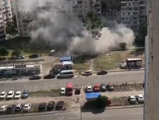 Момент взрыва в многоэтажке Киева