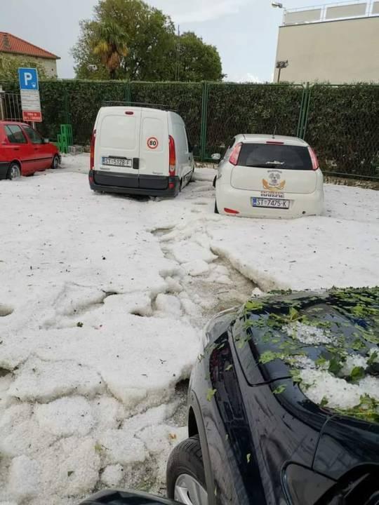 В Хорватии выпал снег