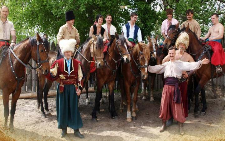Кінний театр у Кирилівці