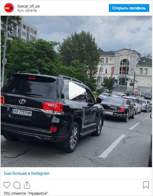 Дорогой кортеж заметили в Киеве.