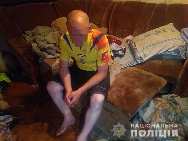 В Киеве мужчина избил 6-летнего крестника до потери сознания