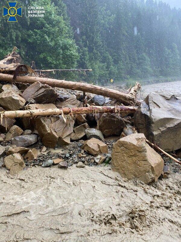 СБУ начала расследование причин наводнения на западе Украины