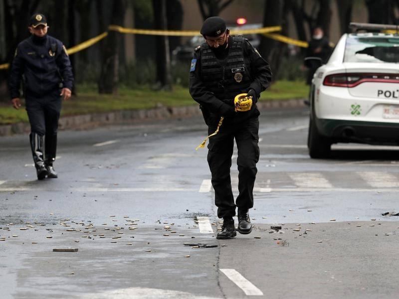 В Мехико неизвестные ранили местного начальника полиции