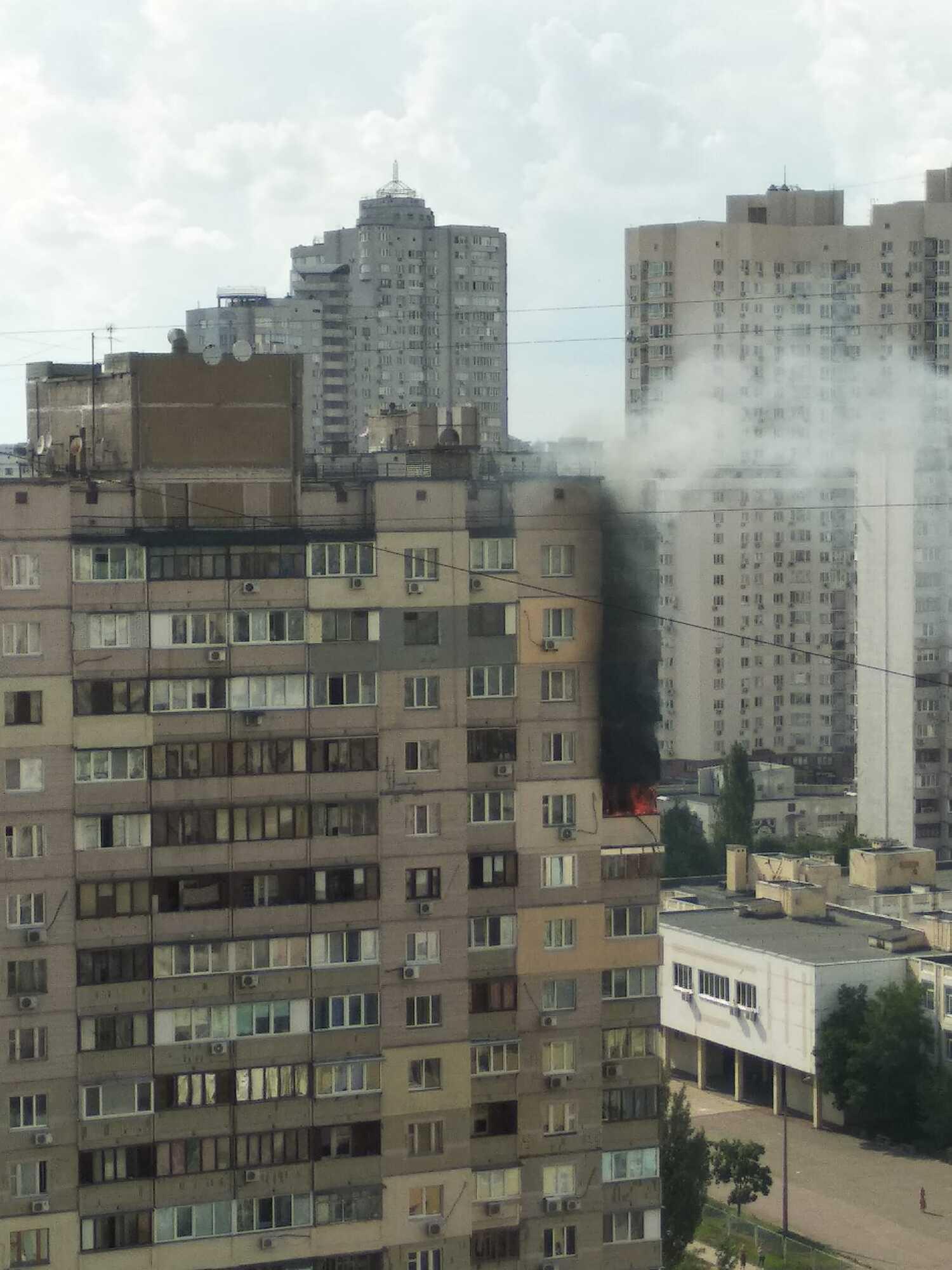 Пожежа в будинку на Крушельницької