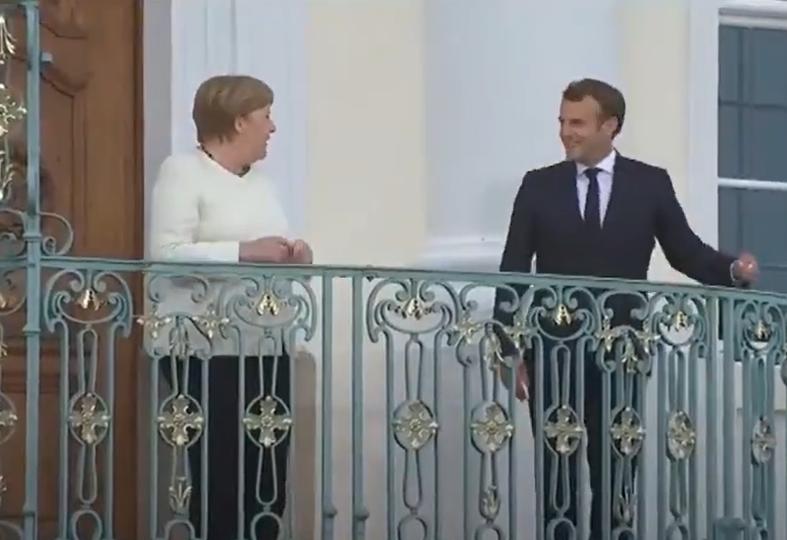 Меркель и Макрон на встрече в Германии