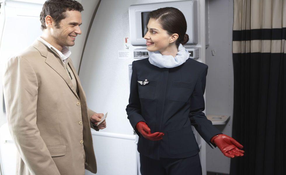 Стюардеса розкрила найобурливіші вчинки пасажирів