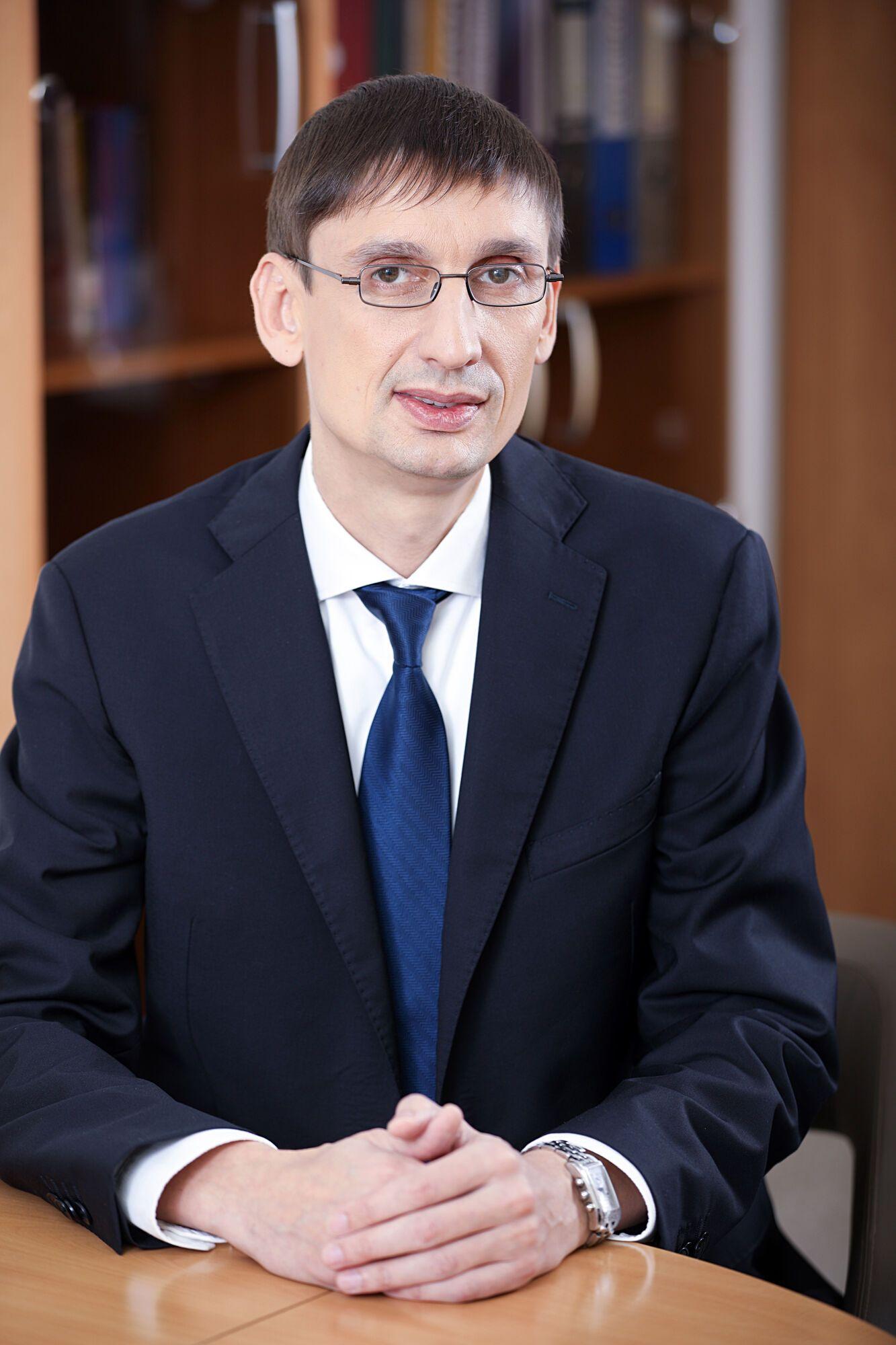 Олег Швец