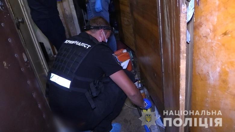 В Киеве мужчину заподозрили в убийстве родного брата молотком