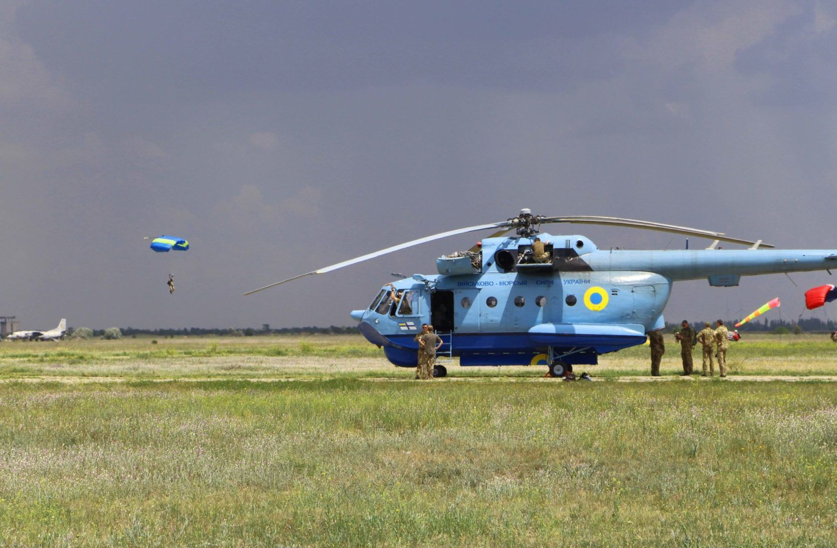 У Миколаївській області пройшли масштабні навчання морської авіації ЗСУ