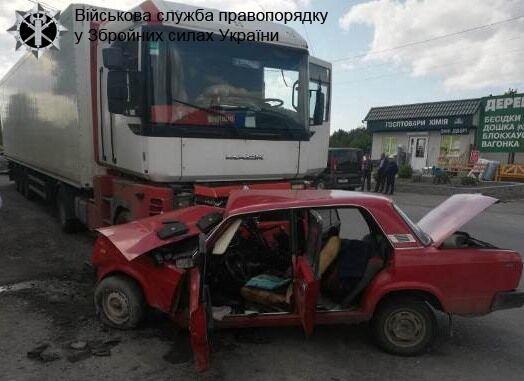 В ДТП разбился украинский военный