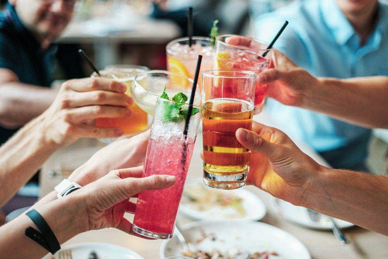 Високий рівень естрогену робить розпивання алкоголю більш приємним